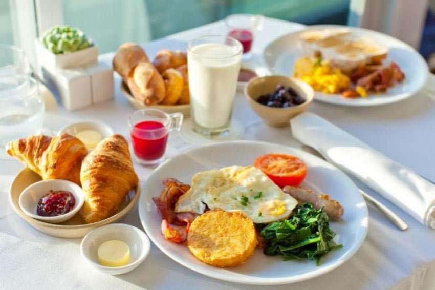 Verzicht auf Frühstück schadet dem Herz
